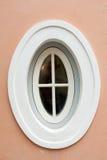 ovalt fönster royaltyfria foton