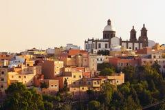 ovanför aguimes kyrkliga San Sebastian Arkivfoto
