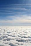 ovanför blå white för sky för oklarhetsdäck Royaltyfri Foto