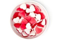 ovanför bunken formade hjärta sötsaker Royaltyfri Foto