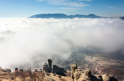Ovanför clouds1en arkivbilder