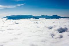 Ovanför clouds7en royaltyfri foto