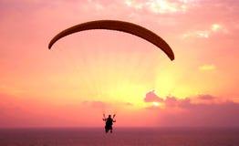 ovanför det medelhavs- paraplanehavet för flyg Royaltyfria Foton