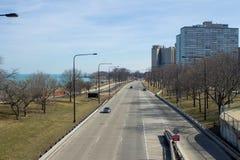ovanför gångare för overpass för motorway för brocrossingmetall royaltyfria foton