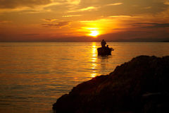 ovanför härlig havssolnedgång Royaltyfri Bild