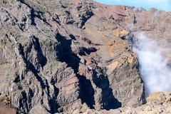 Ovanför molnen och det vulkaniska landskapet för geologi av La Palma arkivfoton