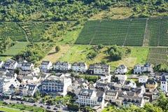 Ovanför sikt av den Cochem staden Tyskland Royaltyfria Bilder
