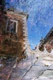 Ovanlig reflexion av kyrkan av St Giorgio Maggiore arkivfoton