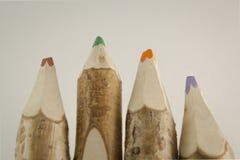 Ovanliga kulöra blyertspennor Arkivbilder