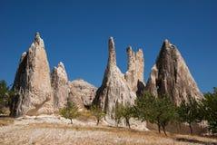 Ovanligt vaggar av Cappadocia Fotografering för Bildbyråer