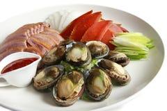 Ovas da bandeja, do molusco da califórnia e do salmonete Imagem de Stock Royalty Free
