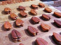 Ovas do salmonete no processo de produção Fotografia de Stock Royalty Free