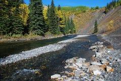 Ovejas River Valley en otoño Imagenes de archivo