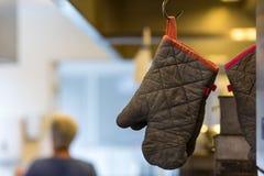 Oven Glove Imagem de Stock Royalty Free