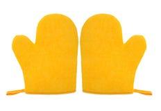Ovenwantmitt gele die kleur op witte achtergrond wordt geïsoleerd Stock Foto