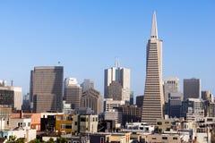 Over de Gebouwen San Francisco California van Buurthuizen Stock Afbeeldingen