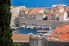 Over de oude haven van Dubrovnik Stock Foto's