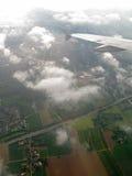 Over de wolken stock foto