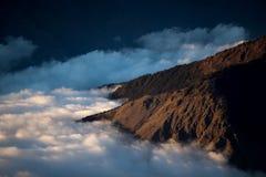 Over het overzees van wolken Stock Foto