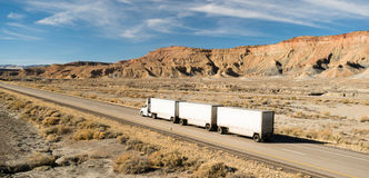 Over The Road Long Haul 18 Wheeler Big Rig Tandem Truck Royalty Free Stock Image