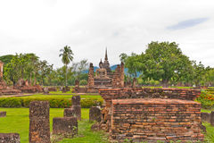 Overall of ruin temple in sukhothai Royalty Free Stock Photos