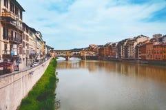 Overbrug Ponte Vecchio in Florence stock afbeeldingen