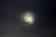 Overcast full moon Royalty Free Stock Images