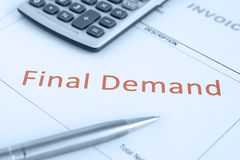 Overdue Invoice Notice. Overdue Invoice with final demand notification in red Stock Photo