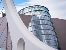 Overeenkomstcentrum en Samuel Beckett Bridge in Dublin, Ierland stock fotografie