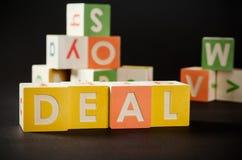 OVEREENKOMSTENwoord met kleurrijke blokken Royalty-vrije Stock Fotografie