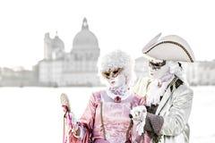 Overexposed ζεύγος αριστοκρατών κατά τη διάρκεια της Βενετίας καρναβάλι Στοκ Εικόνα