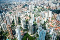Overflight i flygplats för São Paulo Brazil helikoptercongonhas fotografering för bildbyråer