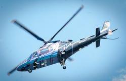 Overflight no aeroporto dos congonhas do helicóptero de São Paulo Brazil imagem de stock