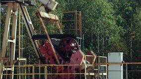 Overground przejażdżka dla odwzajemnia tłokowej pompy w szybie naftowym zdjęcie wideo