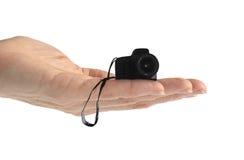 Overhandig Uiterst kleine Camera (die op wit wordt geïsoleerdw) royalty-vrije stock afbeelding