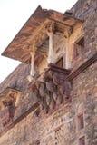 Overhanging αρχιτεκτονική μπαλκονιών του οχυρού Ranthambore Στοκ Φωτογραφία
