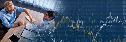 Overheadkosten van commerciële vergadering met de blauwe overgang van de financiëngrafiek Royalty-vrije Stock Foto