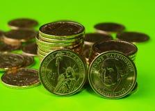 Overheid van de V.S. gaf enkel de nieuwe presidentiële dollarmuntstukken uit Stock Foto's