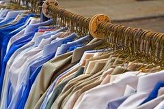 Overhemden voor verkoop Stock Foto