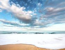 Overkligt havslandskap arkivbild