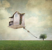 Overkligt hus Arkivfoton