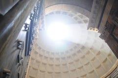 Overkoepeld dak van Pantheon Stock Afbeeldingen