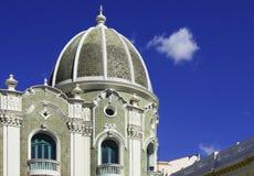 Overkoepelde Spaanse Koloniaal in Quito, Ecuador Royalty-vrije Stock Afbeeldingen