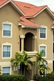 Overladen Florida flatgebouw Royalty-vrije Stock Foto's