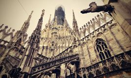 Overladen kathedraalvoorgevel Royalty-vrije Stock Foto's