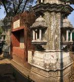 Overladen Kothari Pyau werd gebouwd in 1913 als watertrog voor vee en paarden royalty-vrije stock afbeelding