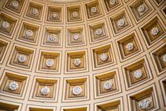 Overladen Overkoepeld Plafond in Vatikaan royalty-vrije stock foto's