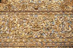 Overladen patroon op de buitenkant van Wat Suan Dok, Chiang Mai, Thailand Stock Foto