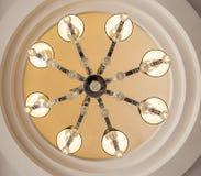 Overladen plafond lichte kroonluchter Royalty-vrije Stock Afbeeldingen