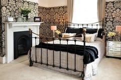 Overladen slaapkamer Royalty-vrije Stock Foto's